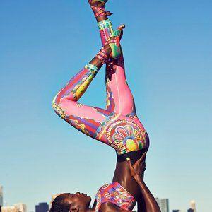 RARE Nike Pink Circus Kaleidoscope Leggings Pants